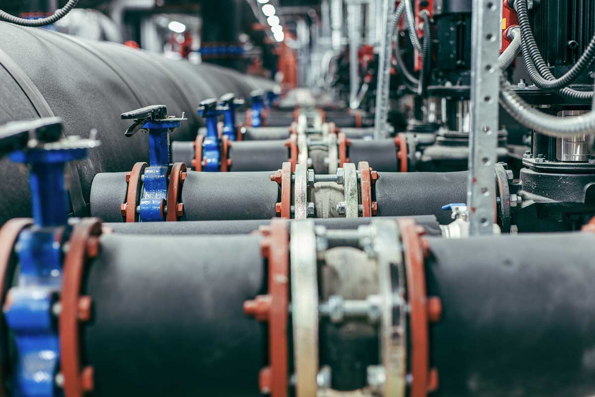 oil_pumps_and_pipes-1